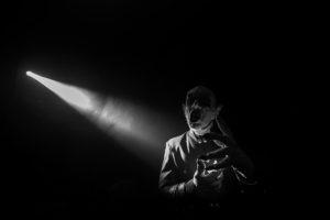 Nosferatu durante una presentación en el Circo de los Espantos